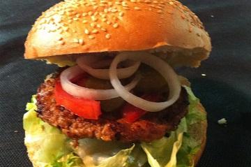 דוכן המבורגר לאירוע - ג'וי הפקות